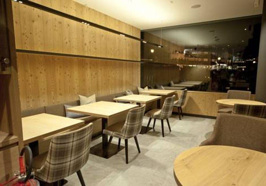 Lignius lignoalp case in legno mountain design hotel for Design hotel eden selva